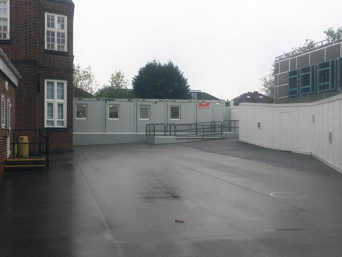 Our modular temporary buildings can be configured to suit you, making them suitable for classroom use too.